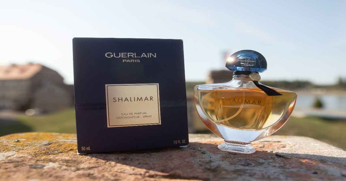 Guerlain Shalimar bottle and box
