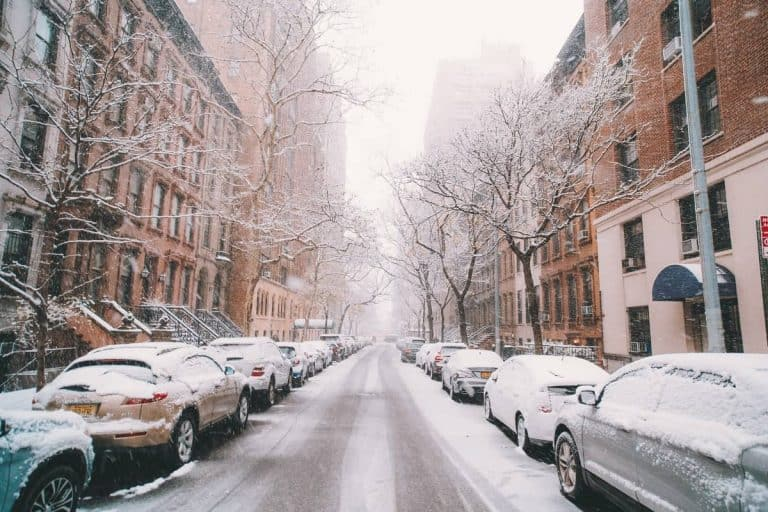 20 Best Winter Fragrances For Men (2021): Top Cold-Weather Colognes