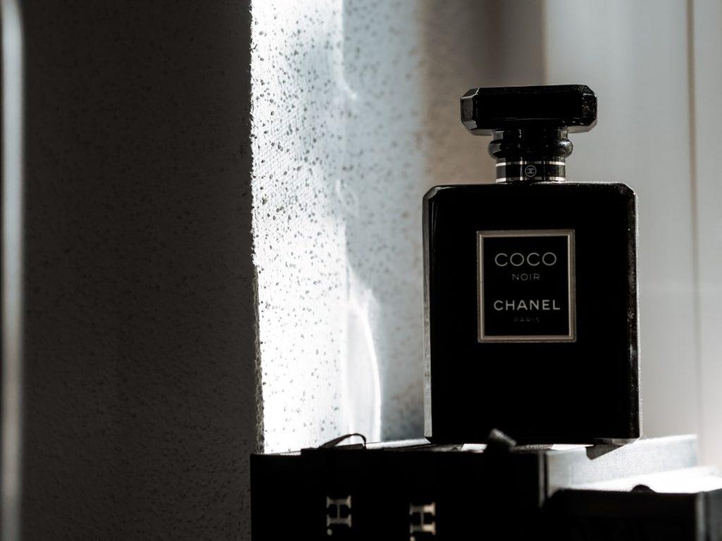 Chanel Coco Noir - signature scent
