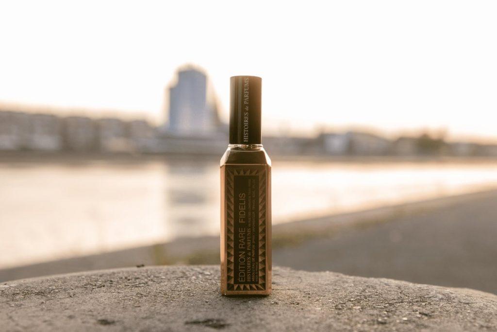 histoires de parfums fidelis bottle front