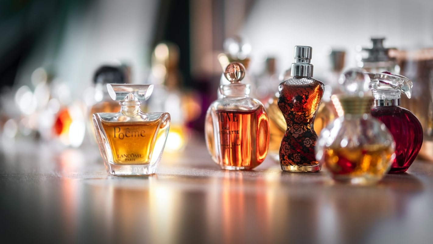 perfume bottles - how to buy vintage perfume