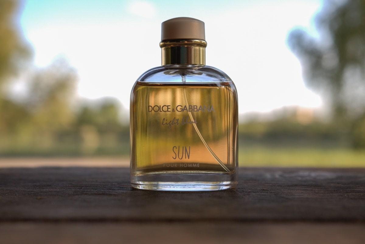 Dolce And Gabbana Light Blue Sun cover