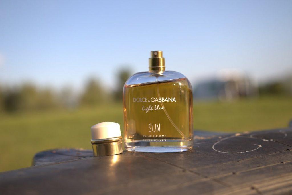 Dolce And Gabbana Light Blue Sun outside