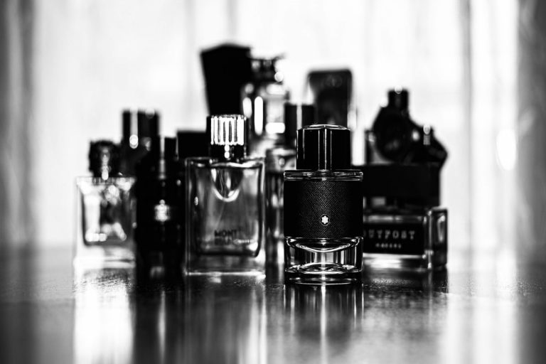 Perfume Testers Vs. Retail Boxed Fragrances: Which Should You Buy? (2021)